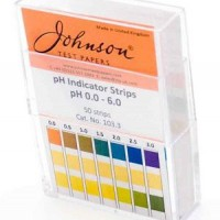 pH 0.0-6.0 Universal Indicator Strips.  103.3C